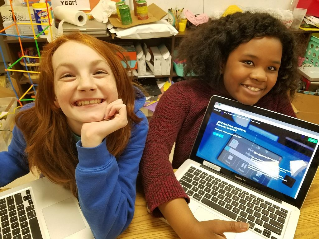 Girls 3D Print Club Encourages Hands-On 3D Printing
