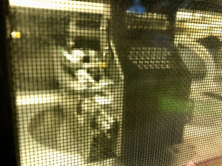 Lousy view of the toolhead of a prototype metal 3D printer that uses microwaves instead of lasers [Source: Fabbaloo]