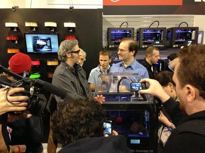 MakerBot's New Replicator 2X