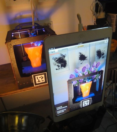 Augmented Realty 3D Printing with UltimARker