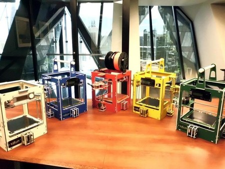 The World's First Snap Together 3D Printer