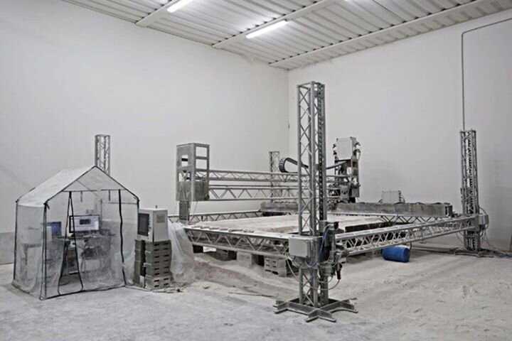 D-Shape's proprietary construction-scale jet binder 3D printer started off a global trend. (Image courtesy of D-Shape.)