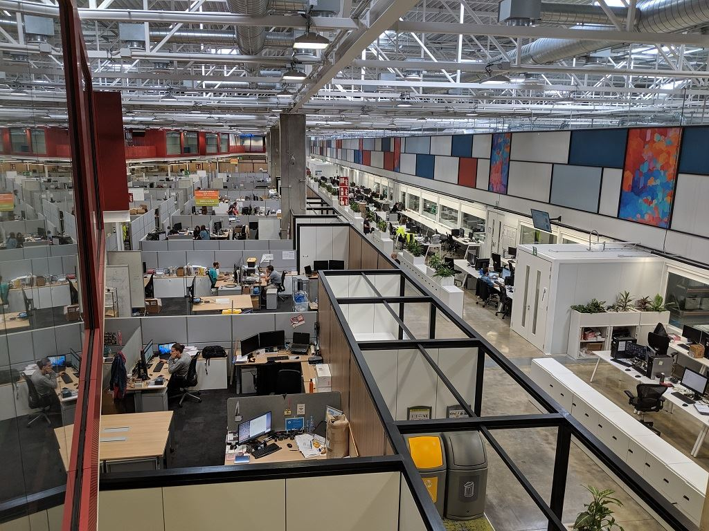 A look from above at work areas in the Center of Excellence [Image: Sarah Goehrke]