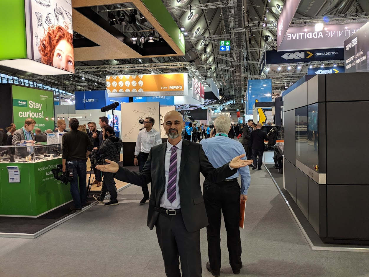 Gil Lavi, Founder and CEO, 3D Alliances at formnext 2018 [Image: Fabbaloo]