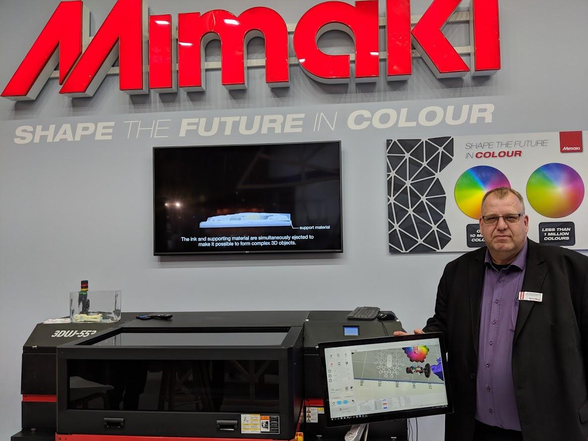 Bert Benckhuysen, Senior Product Manager, EMEA, Mimaki at formnext 2018 [Image: Fabbaloo]