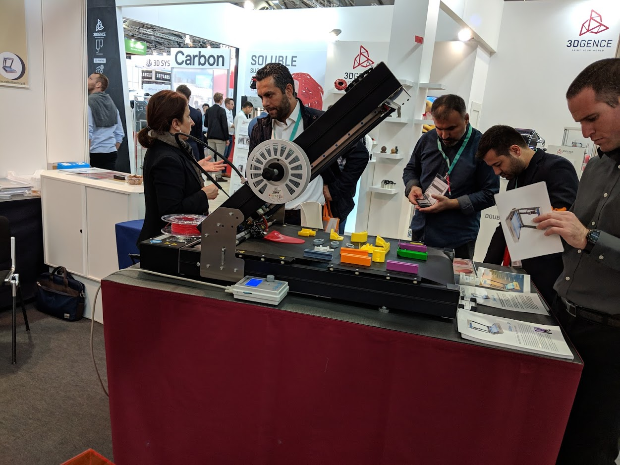 The Sliding-3D caught a lot of attention at formnext 2018 [Image: Fabbaloo]