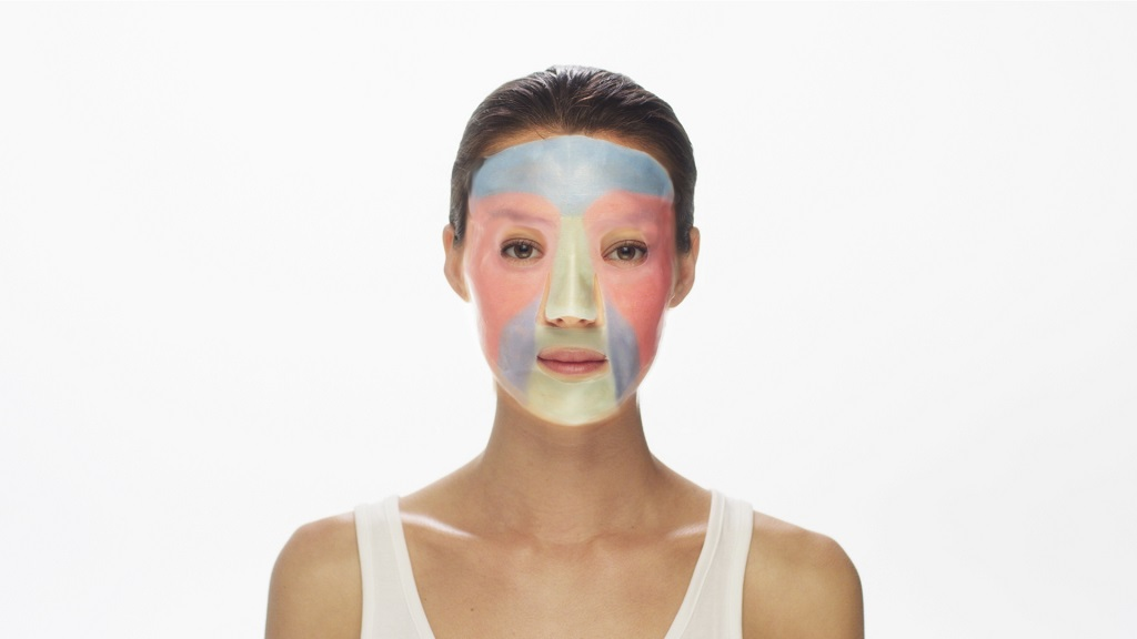 , A Next-Gen Face Mask Shows That CES 2019 is More for the 3D Printed Than the 3D Printer