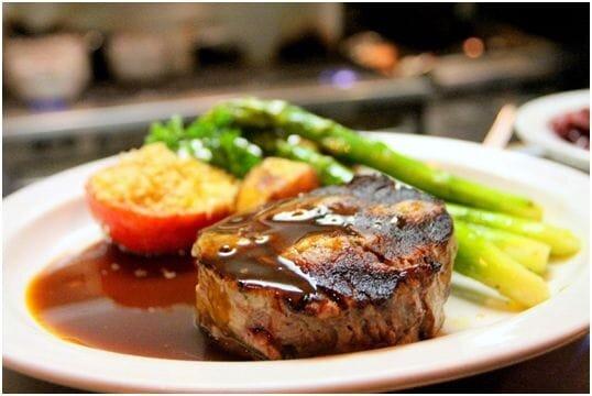 A nice-looking steak [Source:  Pexels ]