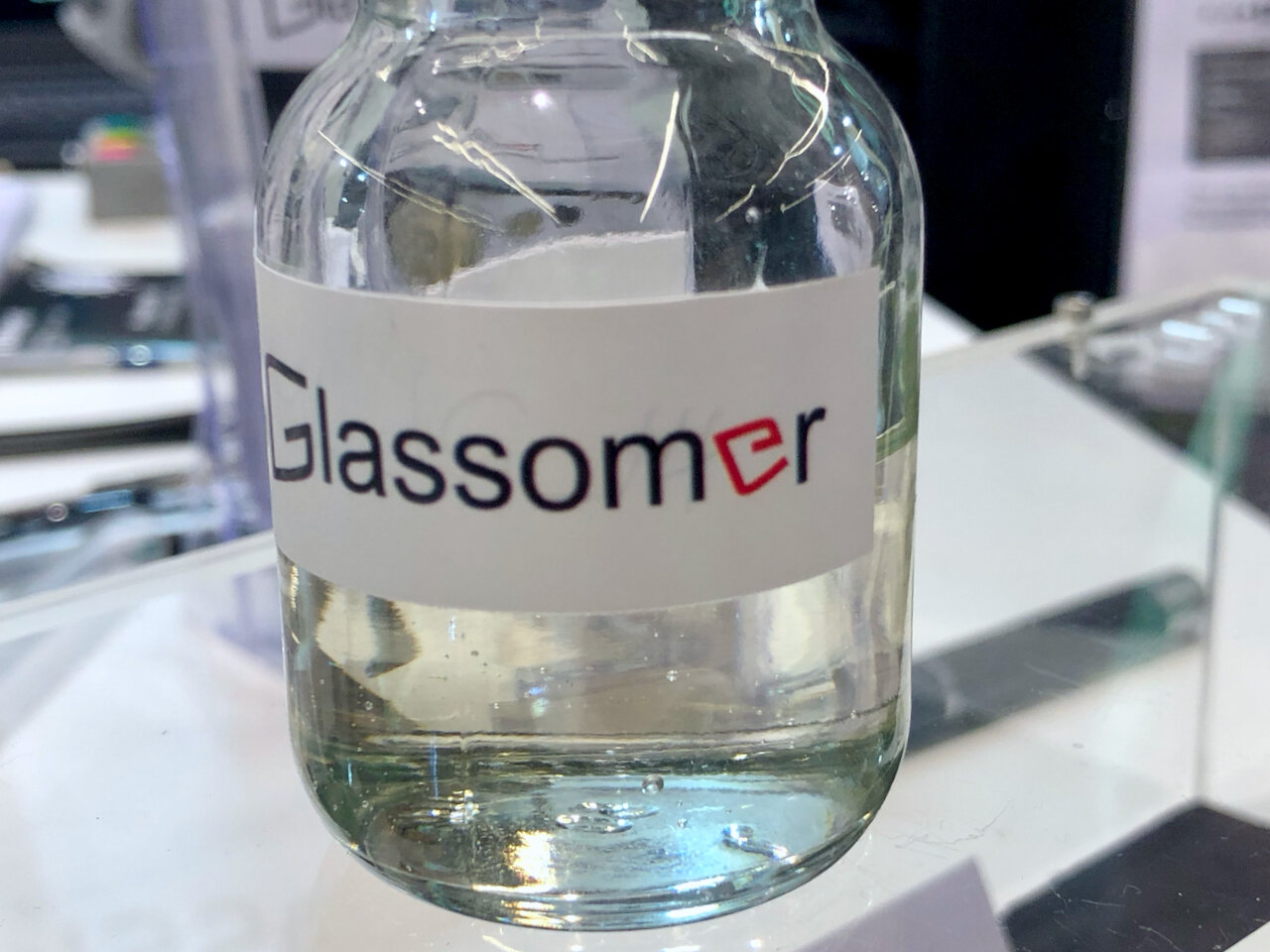 Glassomer resin contains 60% glass particles [Source: Fabbaloo]