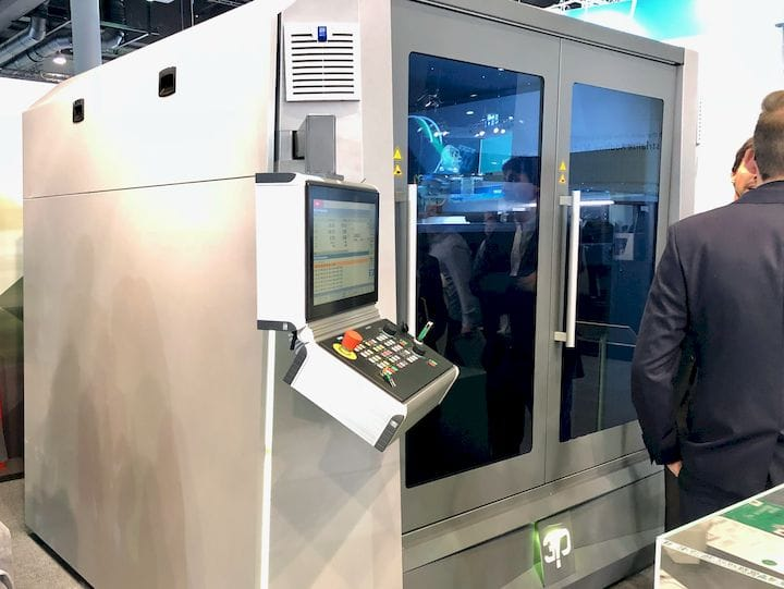 Hage's massive 175X industrial 3D printer [Source: Fabbaloo]