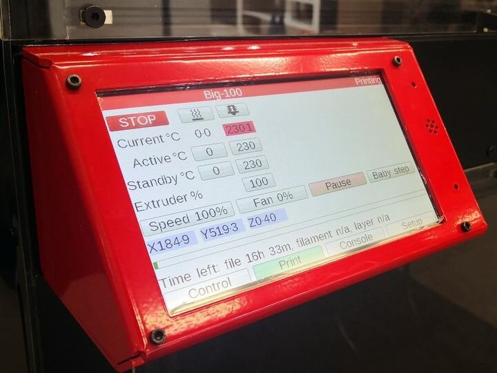 Touch screen on the Modix version 3 equipment [Source: Modix]