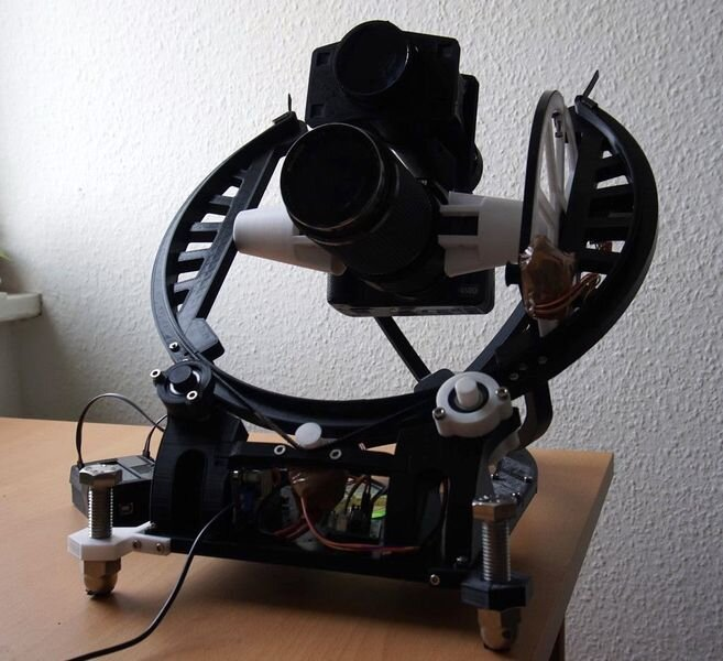 The OpenAstroTracker [Source: Thingiverse]