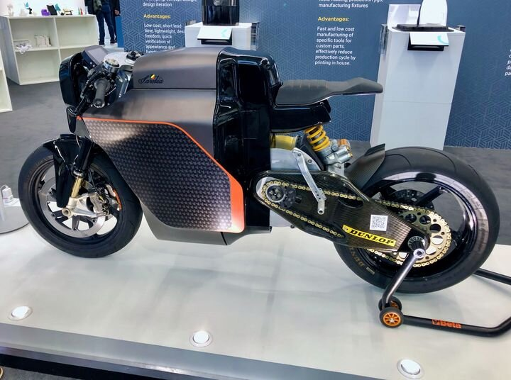 , Saroléa's Superbike Powered By Electricity and Polymaker