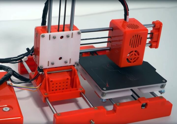 The Easythreed X1, an incredibly inexpensive 3D printer [Source: YouTube]
