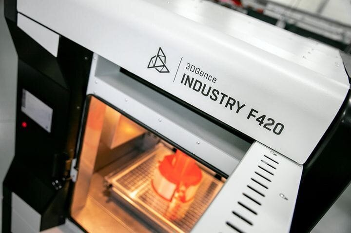 The INDUSTRY F420 high temperature 3D printer [Source 3DGence]