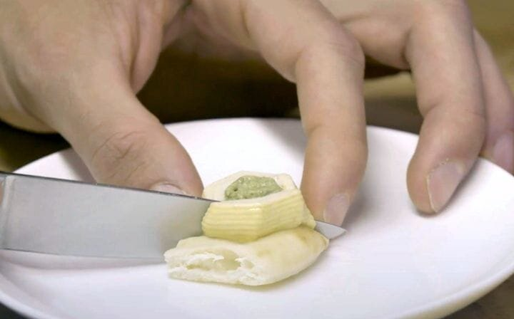 Cutting a 3D printed food item [Source: Mashable]