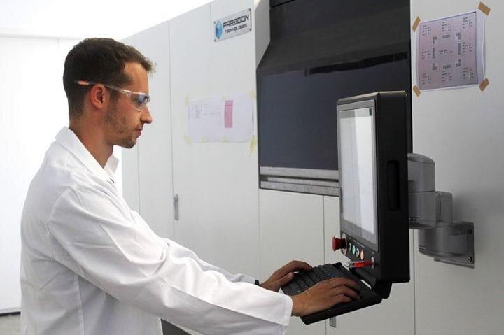 Niko Kurz operating a HT1001P CAMS 3D printing system [Source: Farsoon]