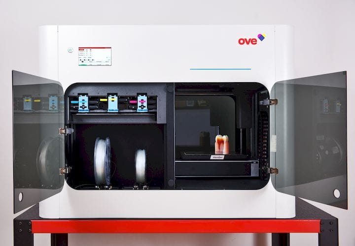 """OWE's full color 3D printer showing """"regular"""" 3D printing on the right and Memjet color application on the left [Source: OWE]"""