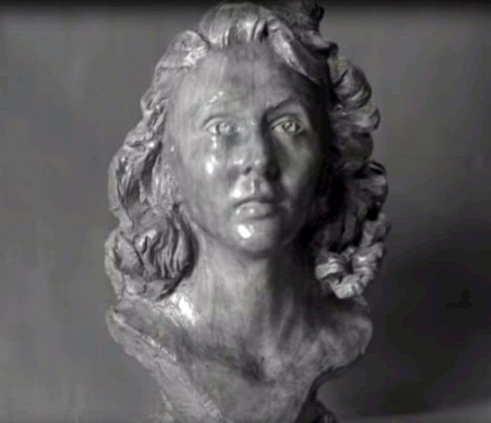 A 3D bust produced with the photosculpture process [Source: YouTube]