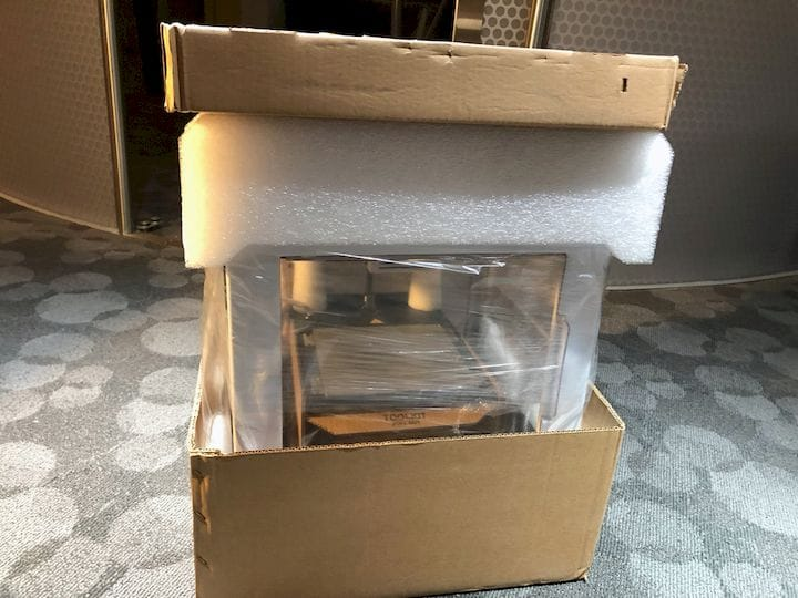 The Kodak Portrait 3D printer is very sturdily packed when shipped [Source: Fabbaloo]