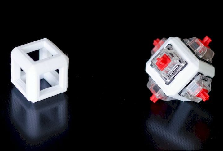 This small part (left) was 3D printed 248 times in 8 days on the 3DQue system for use in a final product (right) [Source: 3DQue]