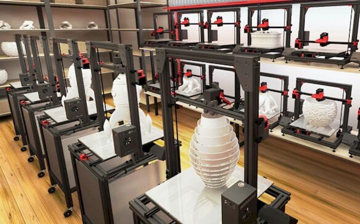 A 3D printer farm at AstroPrint [Source: AstroPrint]