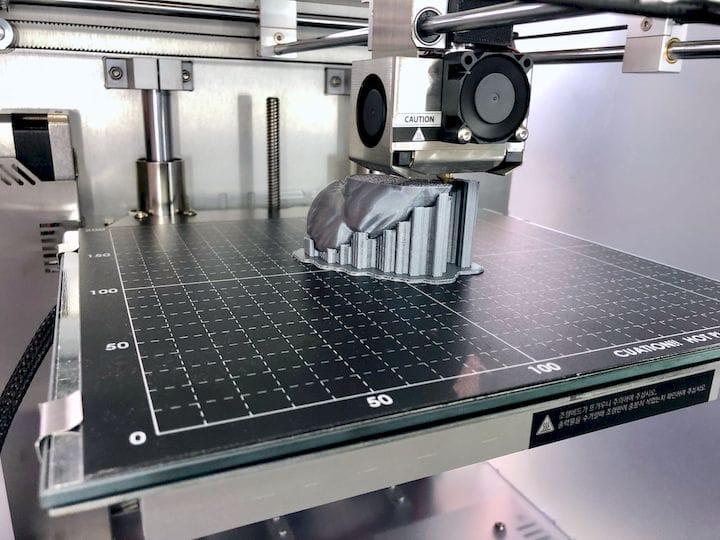 Inside a Lugo Labs 3D printer [Source: Fabbaloo]