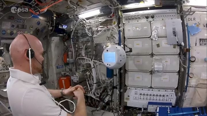 Using Cimon, a 3D printed robot on the International Space Station [Source: SolidSmack]