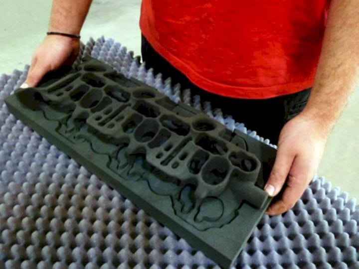 A 3D printed water jacket core mold [Source: voxeljet]