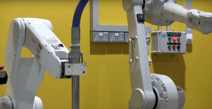 Dual robotic construction 3D printers [Source: Nanyang Technological University]
