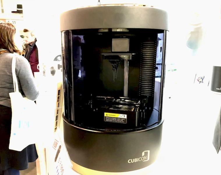 , The Cubicon Lux Desktop DLP Printer