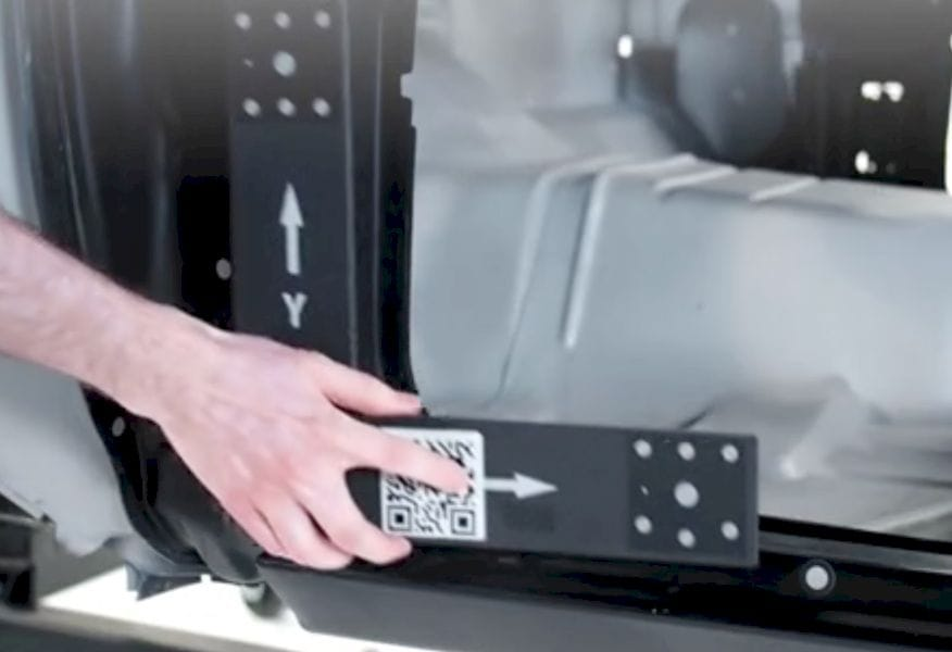 Applying temporary magnetic optical targets to a subject of a Creaform MaxSHOT 3D scan