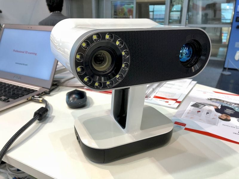 The Artec Leo, a fully standalone 3D scanner