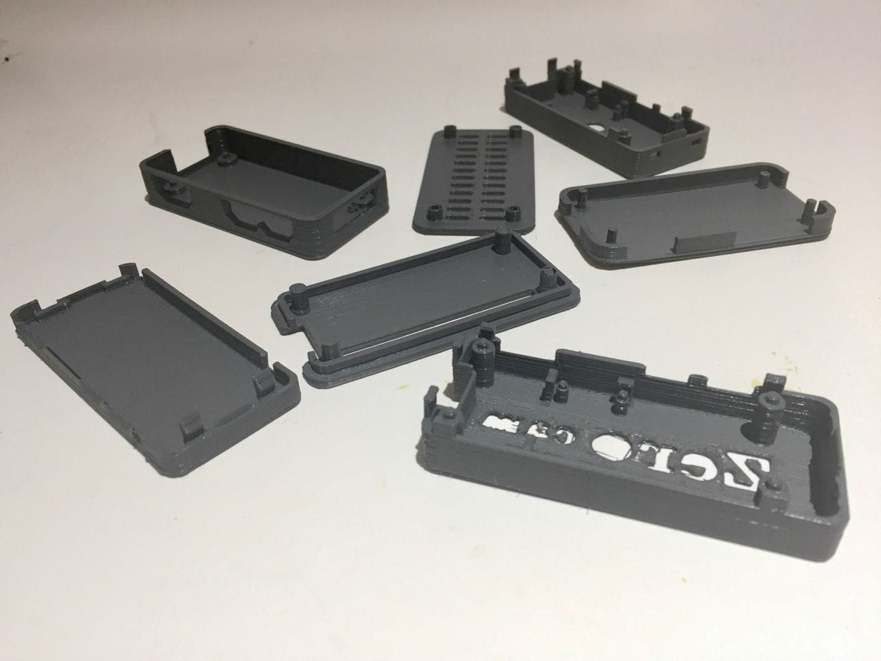 3D printing a lot of Raspberry Pi cases...