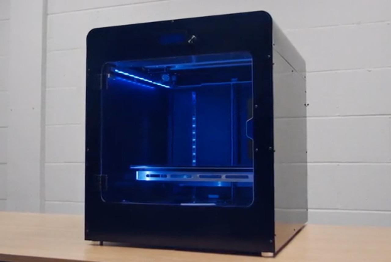 The Inception X1 Professional Desktop 3D Printer