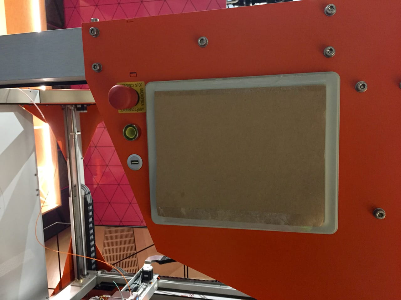 The Design Museum smartly covers up their BigRep's control panel