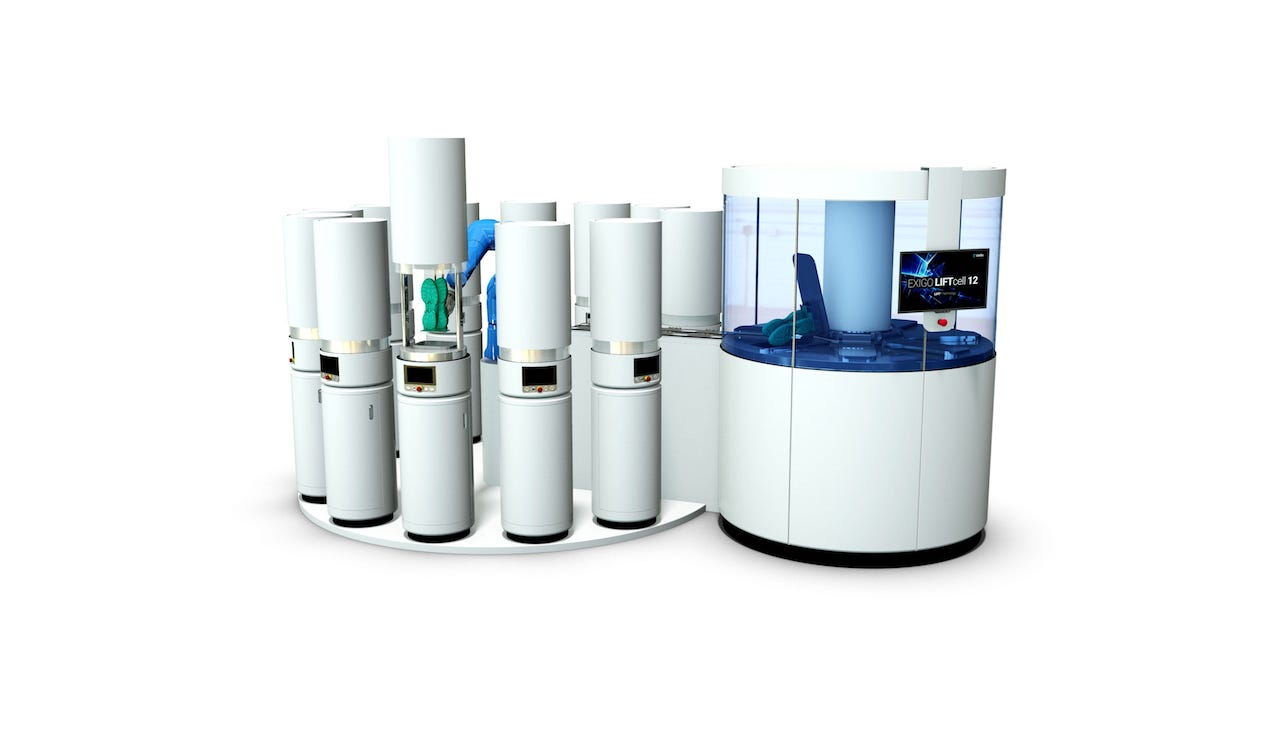 Coobx's new LIFTcell 3D print automation system with multiple 3D printers attached
