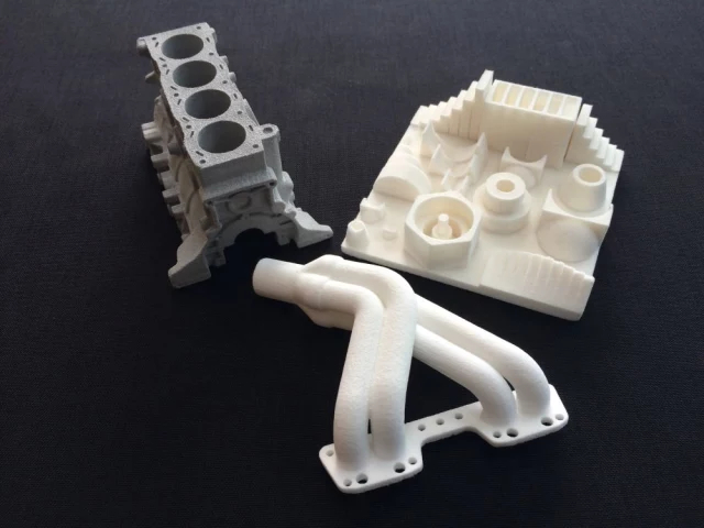 Objects printed by SnowWhite in Alumide, TPU and PA12. (Image courtesy of Sharebot.)