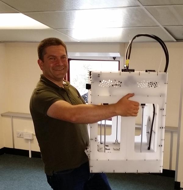 Fabbaloo friend RichRap testing out the BigBox 3D printer