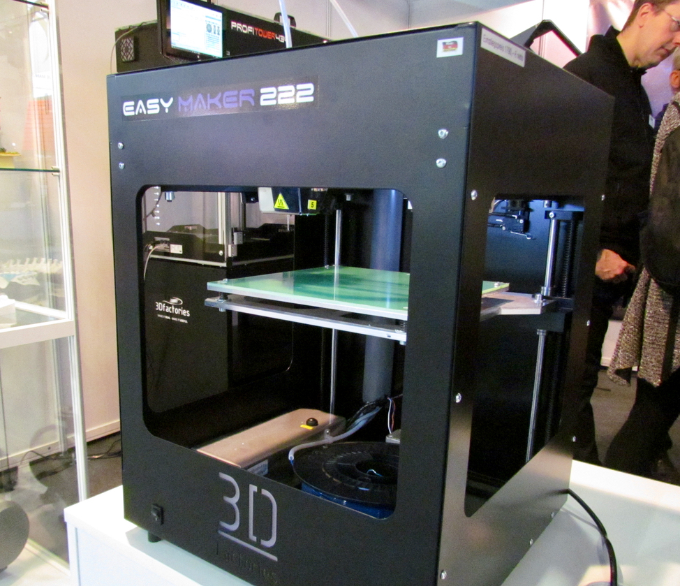 3Dfactories' smallest desktop 3D printer, the EasyMaker 222.