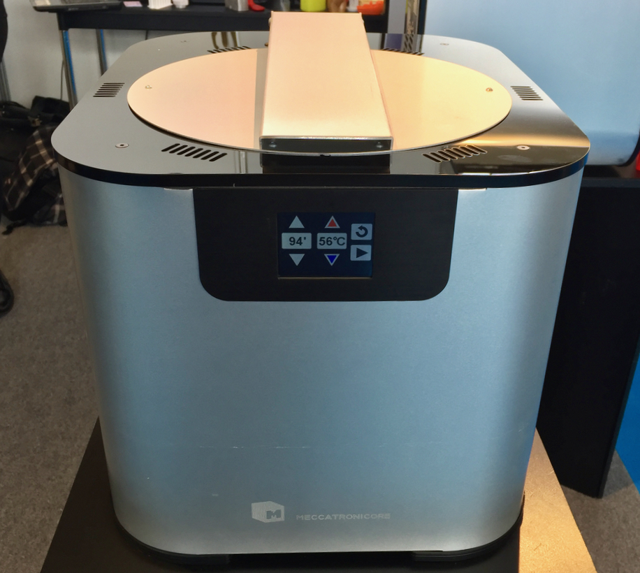 The MeccatroniCore BB Cure UV curing station