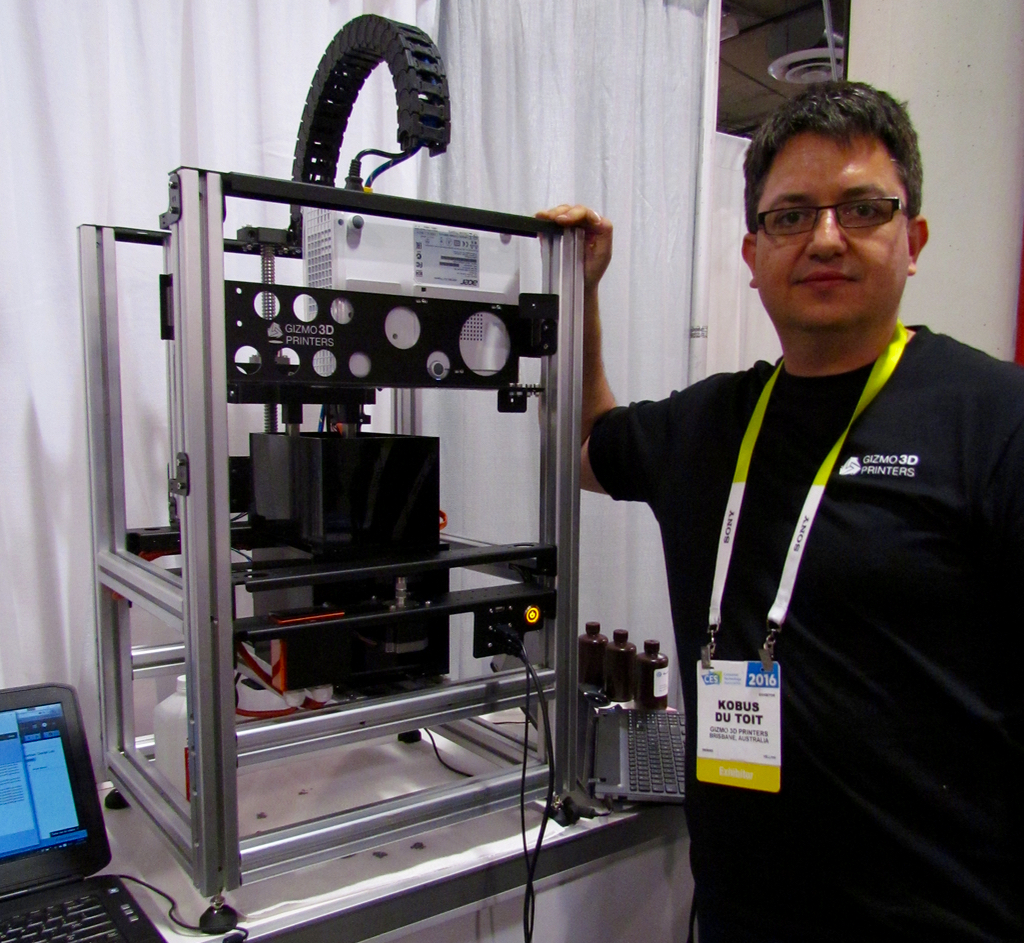 Kobus Du Toit of Gizmo 3D Printers at CES 2016