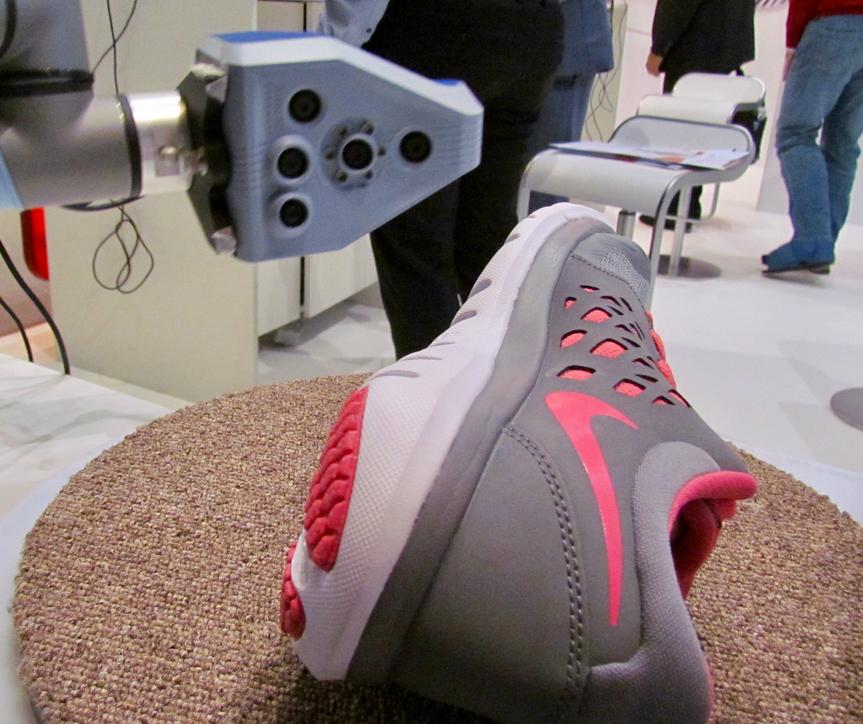 Artec 3D's experimental robotic 3D scanning system
