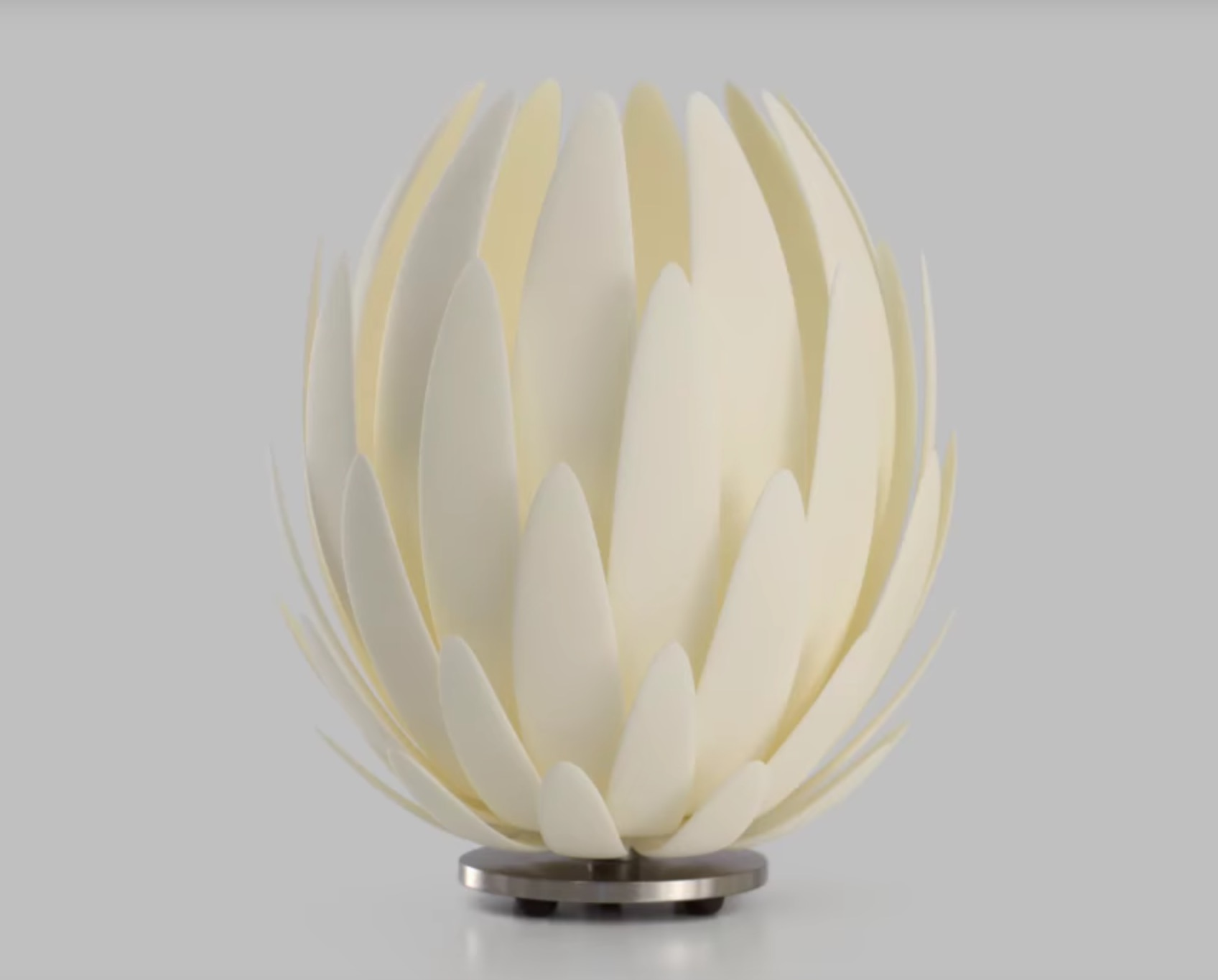 Design of the Week: Lily Lamp