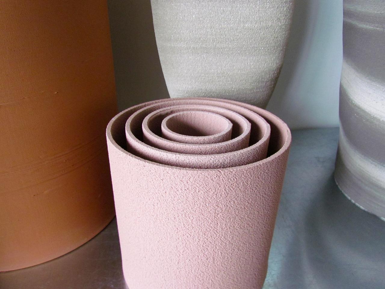 A selection of fine vases 3D printed in ceramics by Olivier van Herpt
