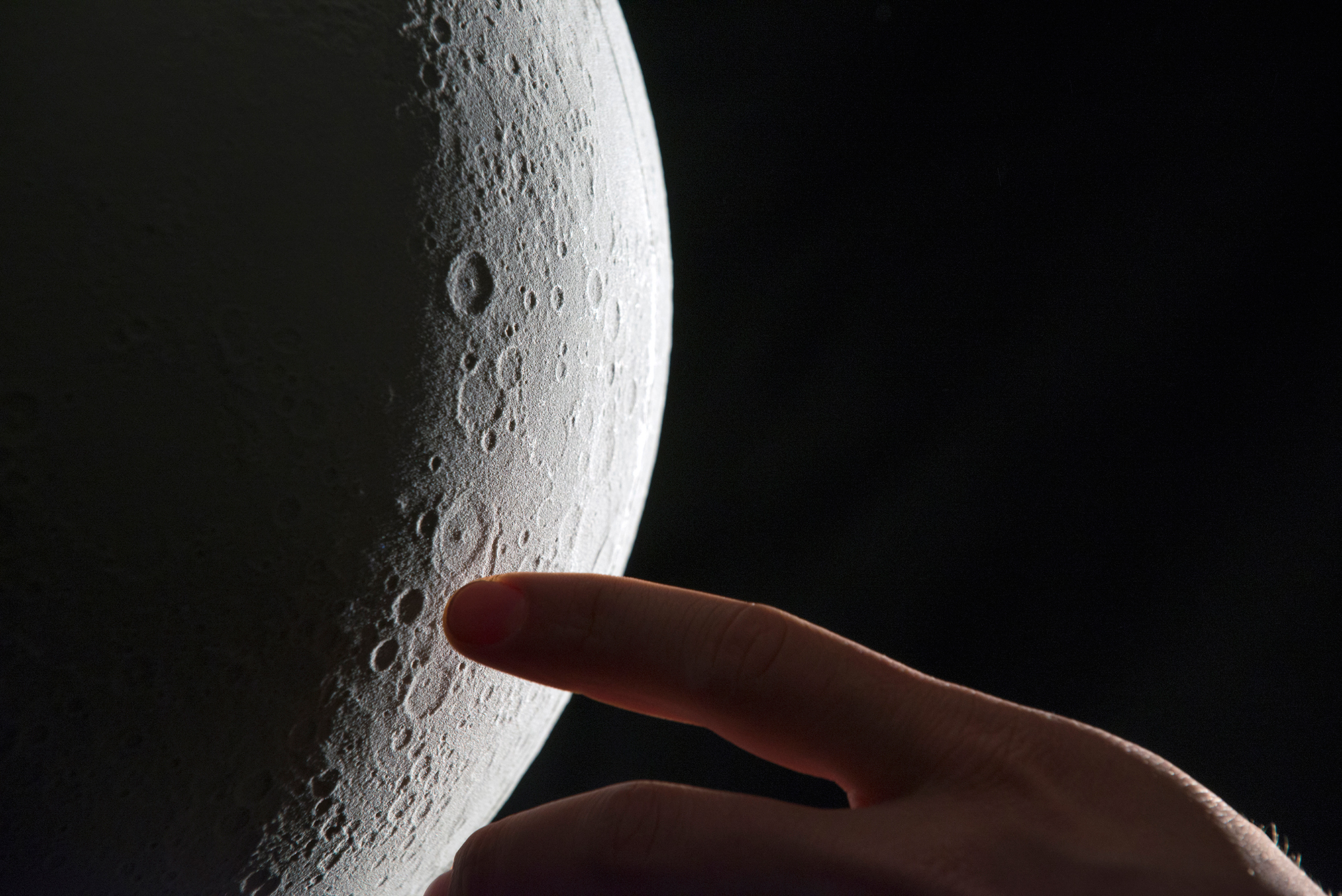 Incredible 3D printed Moon model
