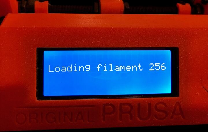 Confusing message after the Prusa MMU2S multi-material upgrade. There are only FIVE filaments [Source: Fabbaloo]