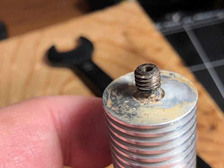 Removing the MK2.5S heatbreak from the hot end [Source: Fabbaloo]
