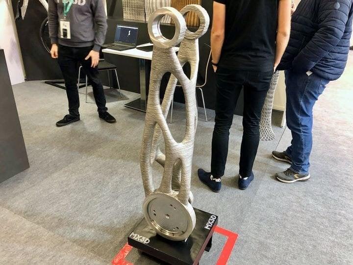 A metal 3D printed robot arm by MX3D [Source: Fabbaloo]