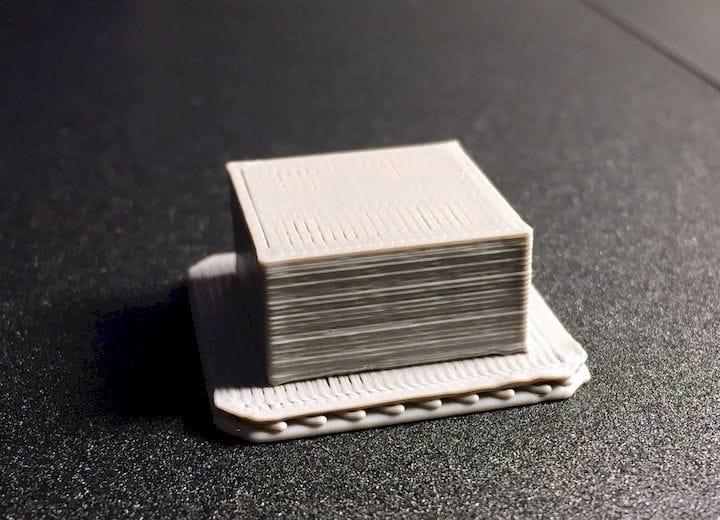 A very fat 3D print raft [Source: Fabbaloo]